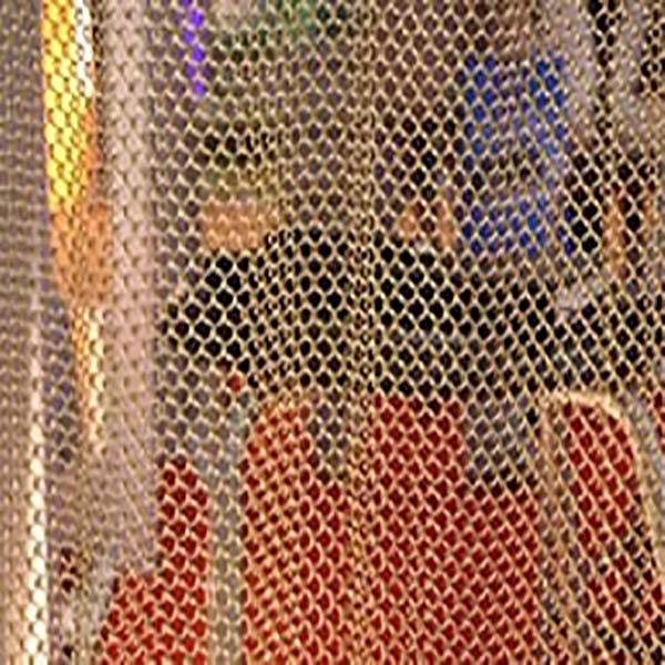 Decorative woven mesh