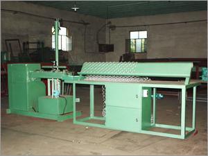 Semi-Automatic Diamond Mesh Machine