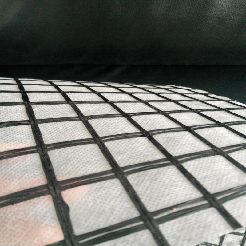 Reinforcement PET Anti-crack geocomposite for road rehabilitation